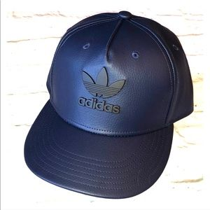 NWT Adidas metal trefoil Navy/black adjustable hat